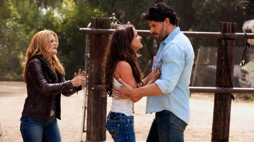 True-Blood-5x12-Save-Yourself-martha-rikki-alcide.jpg