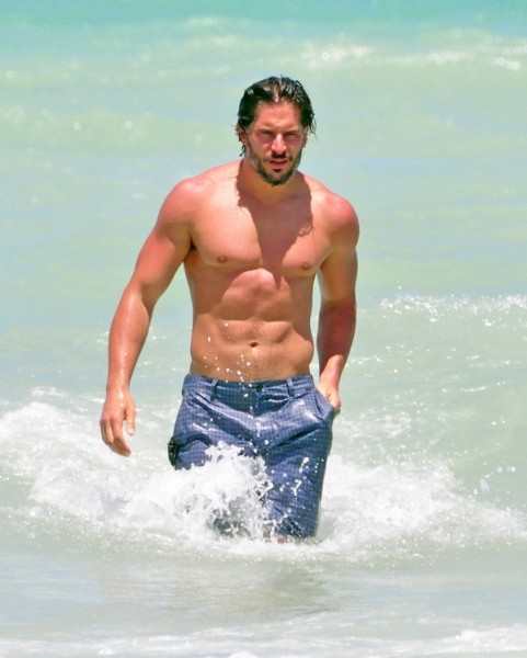 hot12joemanganiello.jpg