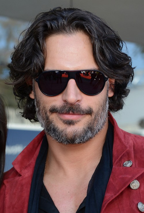 Joe+Manganiello+10th+Annual+John+Varvatos+MNWZa8Z8Rynx.jpg